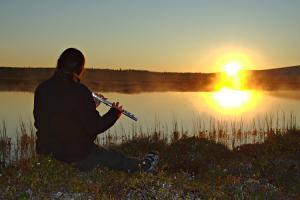 fluteplayer.jpg